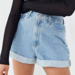 BDG Denim High-Rise Mom Short - Leichte Wäsche