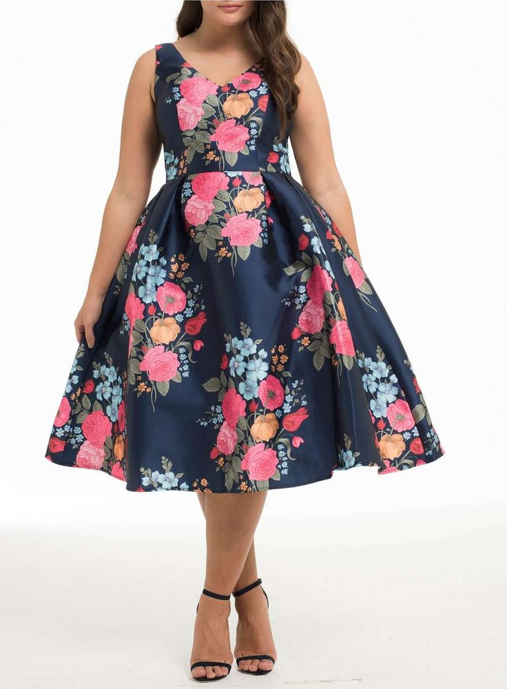 Chi Chi London Curve Navy Blumenkleid