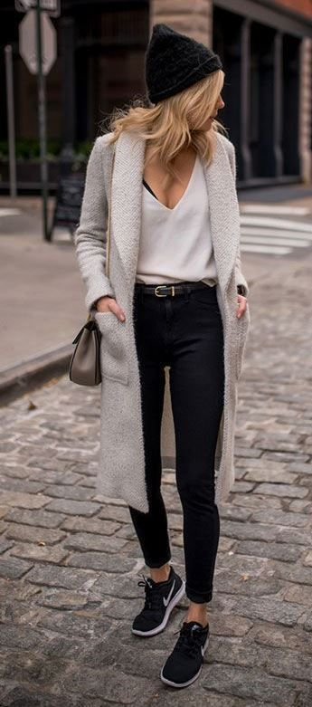 10 Chic Athleisure Outfits For The Cold Weather