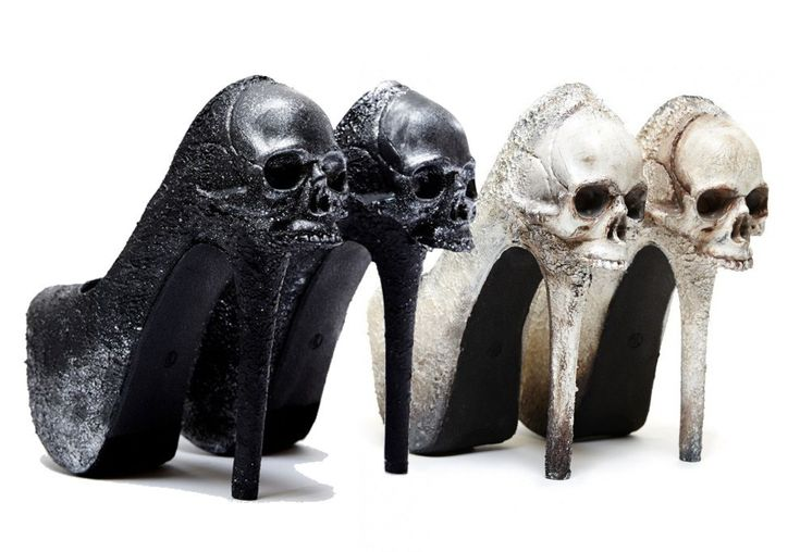 10 Gothic Wedding Shoes for a Gothic Bride