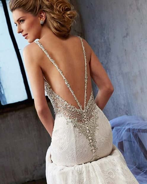 21 Sexy Wedding Dresses for Confident Brides-to-Be