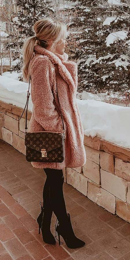 25 Chic Fur Coat Outfits Ideas To Look Extremely Adorable