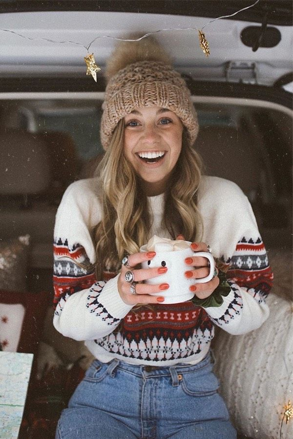 30 Adorable Winter Outfits With Beanies –