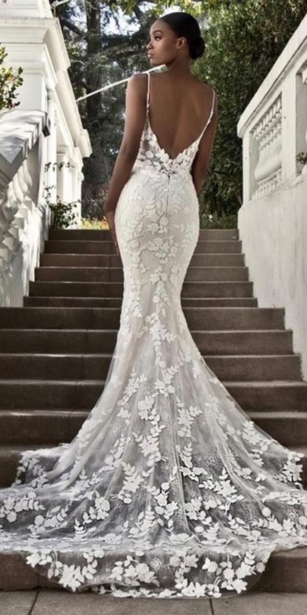 30 Best Lace Wedding Dresses With Sleeves