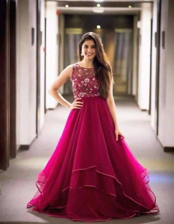 Best New Year Indo Western gown collection for party
