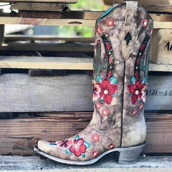 BootDaddy with Corral Womens Desert Open Road Cactus Boots A3736