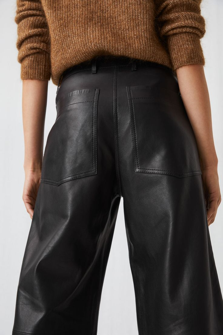 Cropped Leather Trousers – Black – Trousers