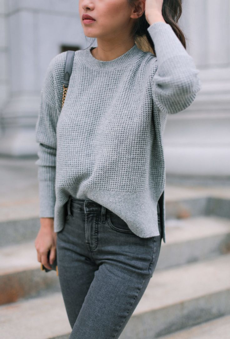 Everlane Petite Reviews: Cashmere Sweater + Ankle Jeans
