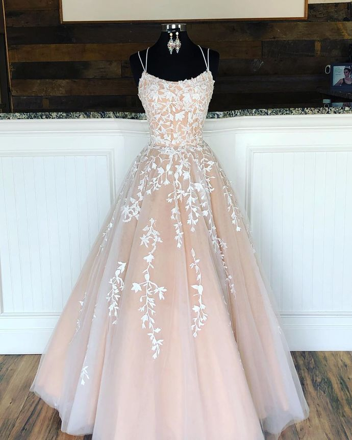 Gorgeous Double Straps Champagne Tulle Ball Gown Prom Dress with Appliques