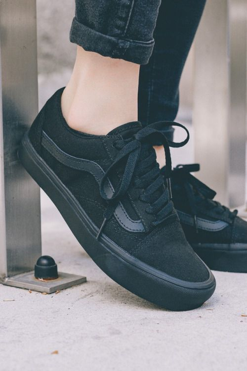 Ladies Sneakers Shoes That Will Have You Rockin' That Outfit