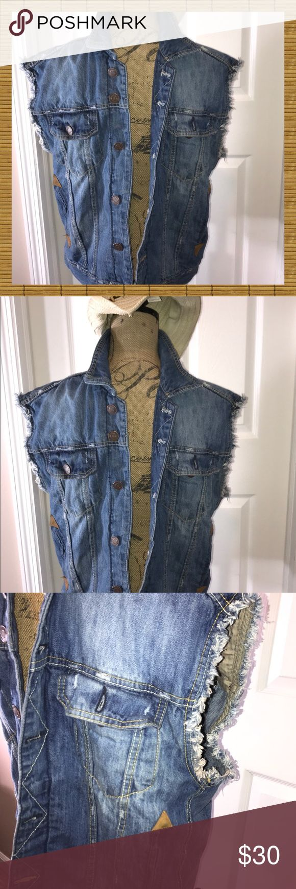 MENS Denim vest Sz Medium EUC Mperious supreme quality hundred percent cotton me…