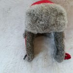 Mad Bomber Hat Winter Ladies Mad Bomber Hat Sz Small  May have been worn a few t...