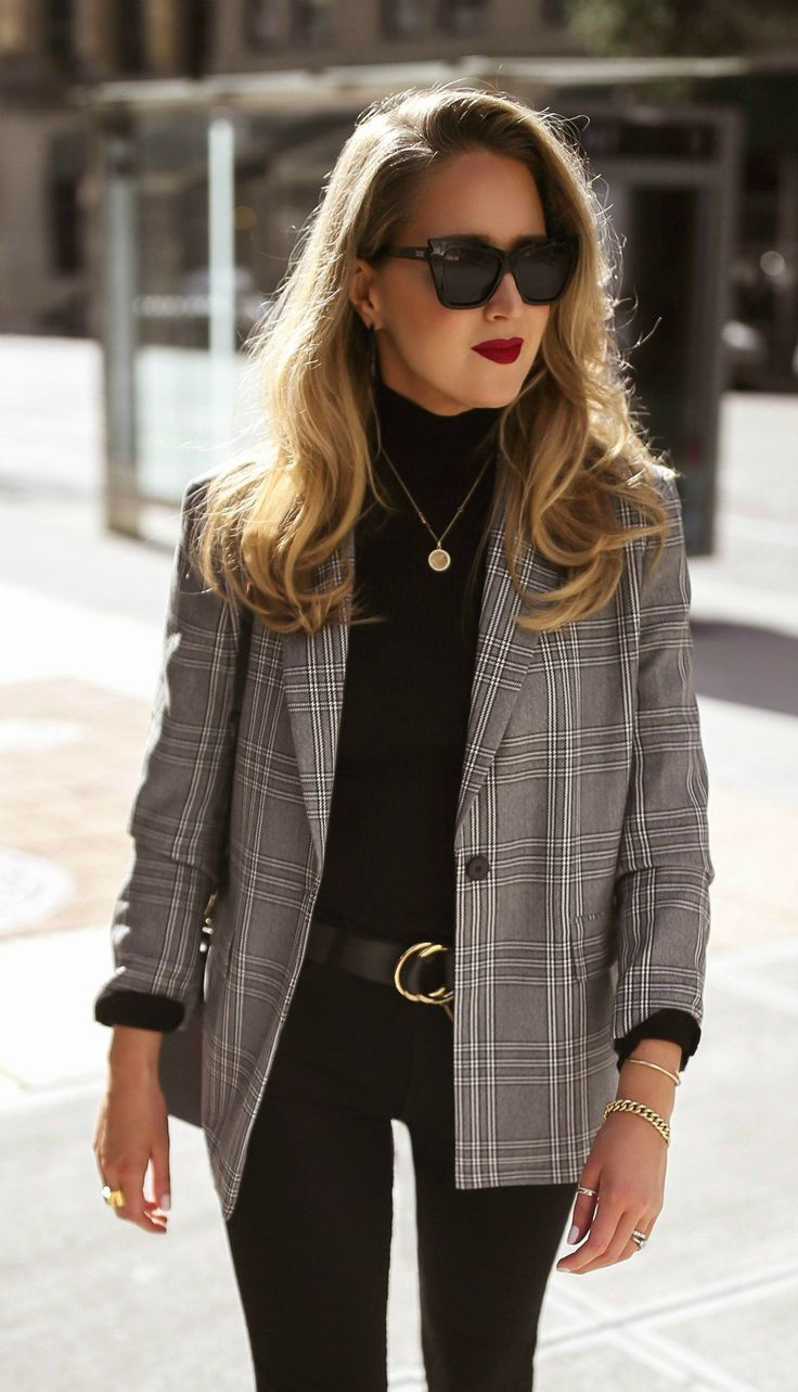 Pulling together easy, go-to fall outfits that feel very current, but still very…