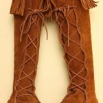 WHY MOCCASIN BOOTS ARE SOME OF THE MOST POPULAR FOOTWEAR