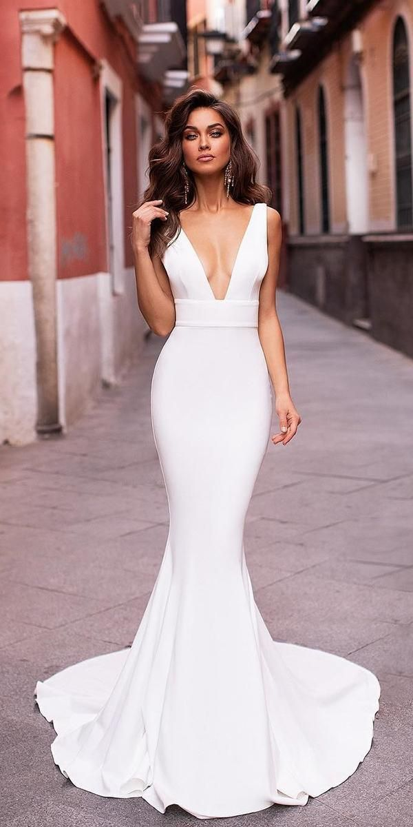30 Unique & Hot Sexy Wedding Dresses