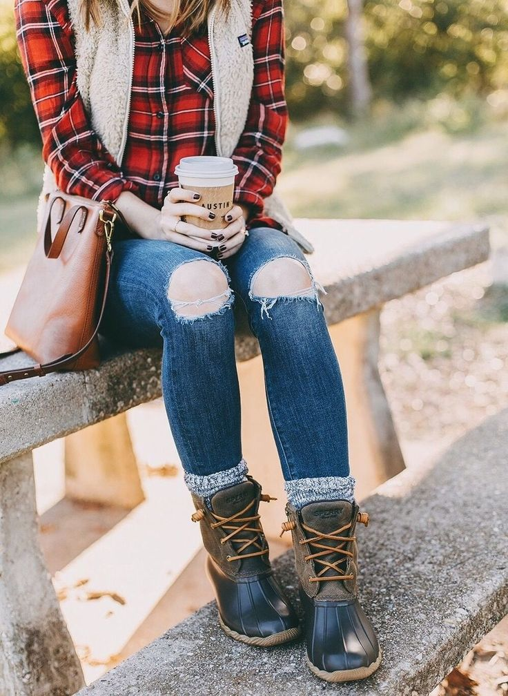 49 Outstanding Duck Boots Outfits Ideas Winter
