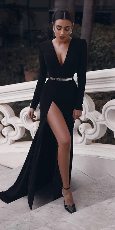 black long sleeve prom dresses,elegant A-line floor length evening dresses,sexy v-neck formal dresses.837